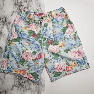 Vintage Zena Floral Hi Rise Mom Floral Shorts